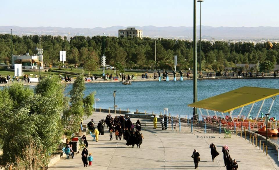 دریاچه تفریحی ساوه